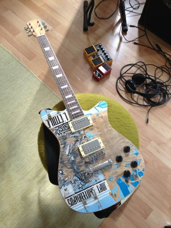 35_finished_guitar