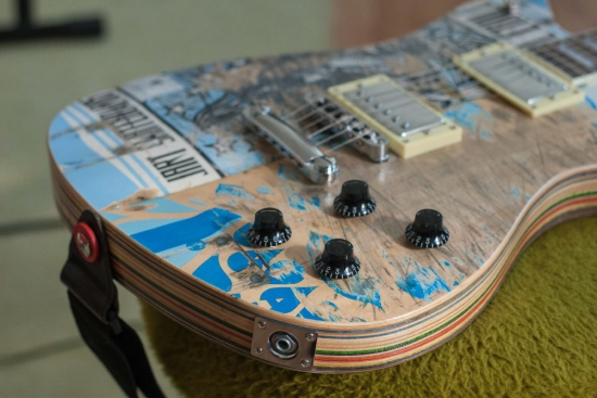 37_finished_guitar_top