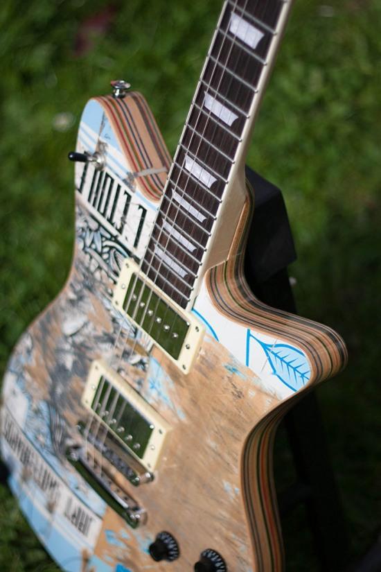 skateboard_guitar_02